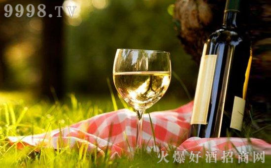 每天适饮白葡萄酒