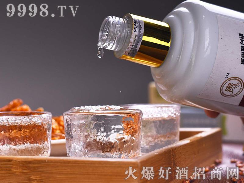 贵小白龙酒(瓶装)